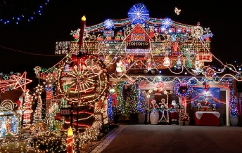 tacky_christmas_lights